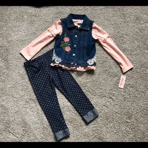 5/5T little lass 3 piece set NWT